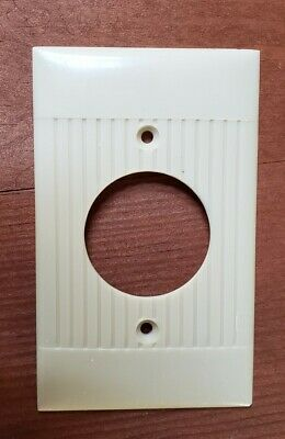 Vintage Ivory Bakelite Ribbed Art Deco Round Switch Plate Cover