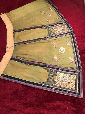 ANTIQUE LATE 19TH/ EARLY 20th c CHINESE EMBROIDERED SILK SKIRT, FINE EMBROIDERY