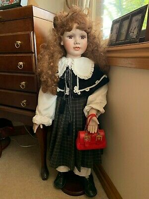 Hillview Lane Porcelain Doll Collectable Limited Edition Pickup Frankston South