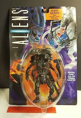 Aliens - Alien Queen Action Figure 1992 Kenner  ~ New and on card!