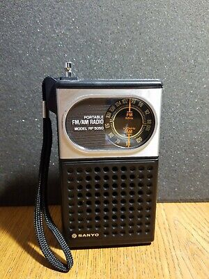 Vintage SANYO RP 5050 AM FM Transistor Portable Handheld Radio Bad Speaker