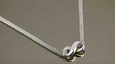 Beautiful Tiffany and Co Infinity Knot Design Necklace 925 Sterling Silver NC 13