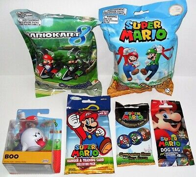 Super Mario Boo Figure Backpack Buddies Hanger Pack Dog Tag Challenge Coin New