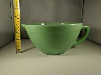 FIRE KING OVEN WARE JADEITE GREEN GLASS PANCAKE BATTER BOWL PITCHER with SPOUT