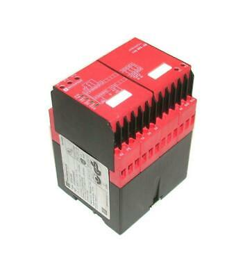 New Telemecanique  XPS-AM  Safety Barrier Relay 115 VAC 50/60 HZ