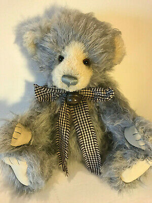 "CURIOSITY CUPBOARD COLLECTION… ""Charlie Bears *PLUMO ~ Year Bear 2011"""