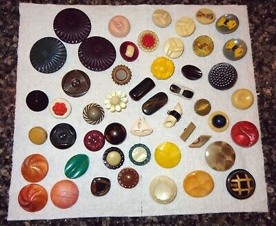 Nice Mixed Lot Vintage Old Buttons Bakelite Thick Chunky Celluloid Sailboat Plas