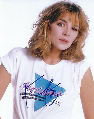 KIM CATTRALL SIGNED 8x10 PHOTO - UACC & AFTAL RD AUTOGRAPH
