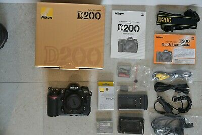 Nikon D200 Body with original accessories and extras