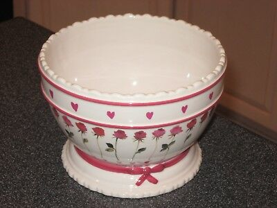 """Rare VINTAGE 7"""" BATH & BODY WORKS VALENTINE'S DAY BOWL Hearts Roses Chocolate"""
