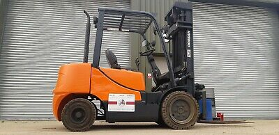 Doosan D33S-5 2010 Diesel C/B Forklift 5.5 Metre Triple Lift In Very Good Order