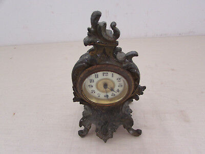 Old Style Pack Small Table Clock Pendulum Voyage