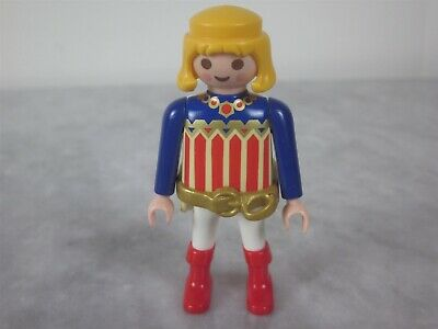 LITTLE BOY AND LITTLE GIRL FIGURES IN SWIMMING COSTUMES    BRAND NEW PLAYMOBIL