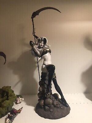 Sideshow Collectibles - Temptation Of Lady Death Premium Format Statue *Damaged*