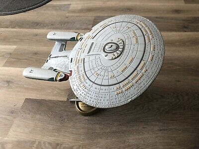 starship enterprise D Model With Stand