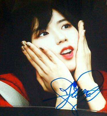 Medium ... BLACKPINK (Black Pink) ... THIS autographed pictures ... face up