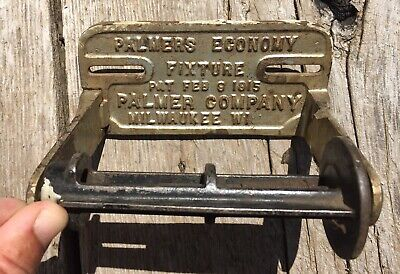 VTG 1915 Date Palmer Co. Cast Iron USA Wall Mount Toilet Paper Holder Milwaukee