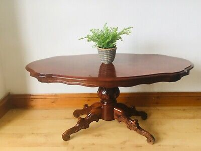 Antique Regency Style Inlaid Yew Wood Occasional Table with Carved Feet