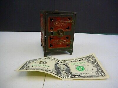 Antique Cast Iron Safe Still Coin Bank