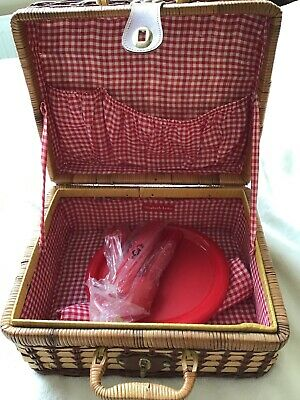 Small Elizabeth Arden WICKER PICNIC/STORAGE/HAMPER  with plates, knives & forks