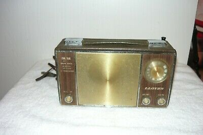 Vintage Lloyd's Solid State 12 Transistor AC/Battery Portable Radio  •WORKS•