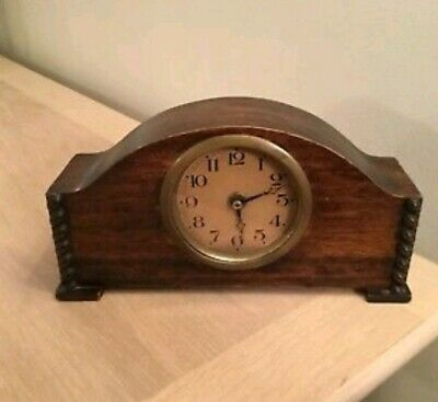 1/7A Vintage Wood Mantel Clock For Spares Or Repair. Fair Condition