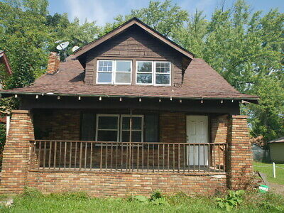 HUGE Solid Brick 2 Story 4 Bedroom Property In Youngstown Ohio For Sale By Owner