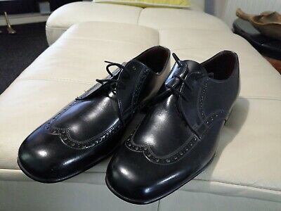 Vintage saxone courier shoes size uk 8. In new unused condition Dress Shoes-
