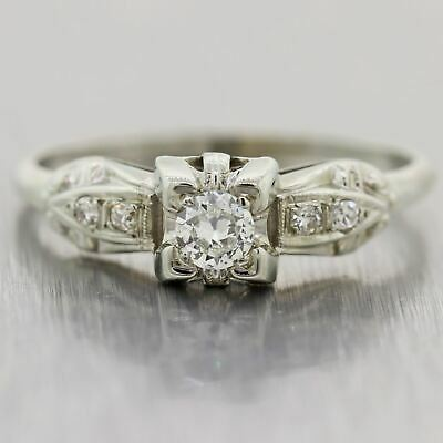1930's Antique Art Deco 18k White Gold 0.30ctw Diamond Engagement Ring