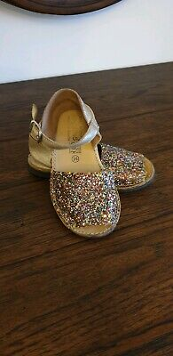 Angelitos Little Girls Sandals With Glitter Front Size 25Eu