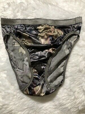 VTG~VICTORIAS SECRET~SECOND SKIN~HI CUT LEG BRIEF~SIGNATURE BAND PANTIES~Size M