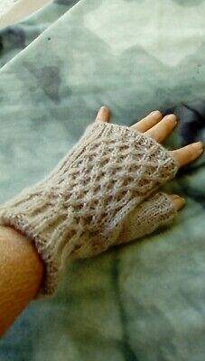 Womens textured fingerless gloves,angora/acrylic mix 4 ply hand knitted beige