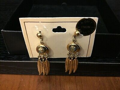 Las Vegas Souvenoir Pierced Earrings With Gold Flakes, Turquoise And Feathers