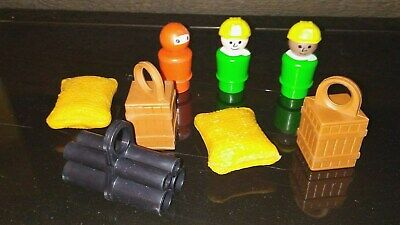 Vintage Fisher Price Little People Off Shore Cargo Base #945 Items