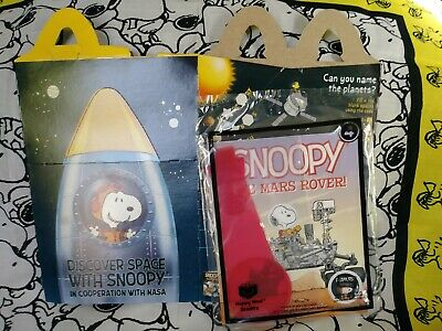 2019 McDonald's Happy Meal Toy #4 Snoopy The Mars Rover NASA Book Sealed w/ Box