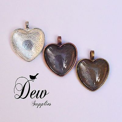 6 x Heart Shape Pendant Trays with Matching Glass Dome Inserts dewsupplies