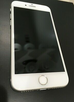 Mint Condition iPhone 8 Silver I GSM Unlocked I 64GB
