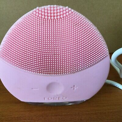 FOREO Luna Mini 2 T-Sonic Facial Cleansing Brush - Pink / Gently Used