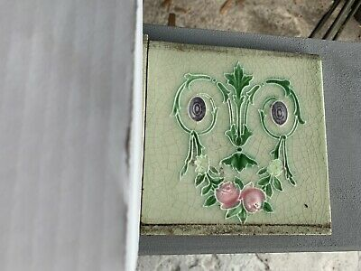 Reclaimed victorian Style Green Patterned Tile  X 10