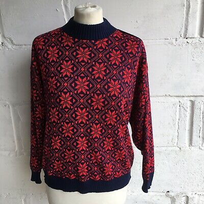Vintage Jumper Navy Blue with Red size M