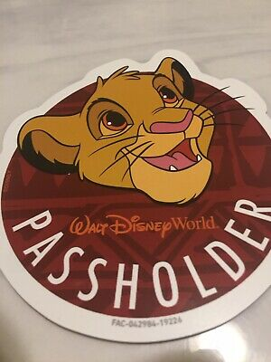 Authentic Disney Animal Kingdom Simba Annual Passholder Magnet SOLD OUT!