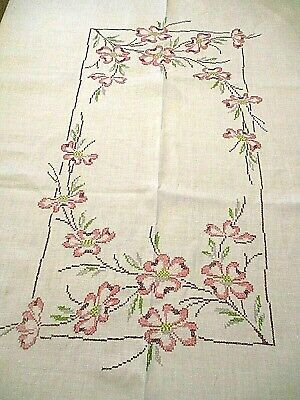 Rare*GORGEOUS Pink DOGWOODS HAND EMBROIDERED TABLECLOTH*True Vtg*Exc Cond*