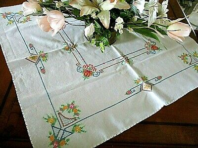 GORGEOUS TRUE Vtg Hand Embroidered CROSS STITCHED TABLECLOTH*31X33*EX COND*