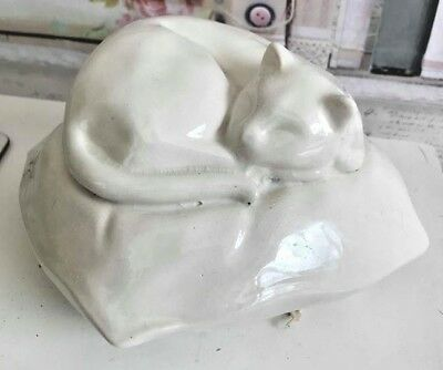 Latex Mould for making this lovely sleeping cat