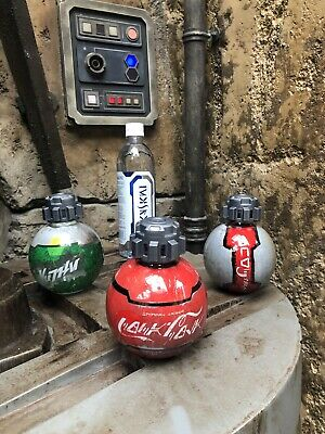 Disney Disneyland Star Wars Galaxy's Edge Diet Coke Coke Sprite Dasani Bottles