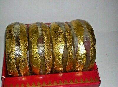 Vintage Lucite Napkin Rings With Gilt Decoration in Original Box Unused
