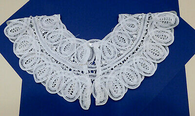 "Vintage Off-White Lace Collar Battenburg Hand-Made 17"" Button-Loop Closure"