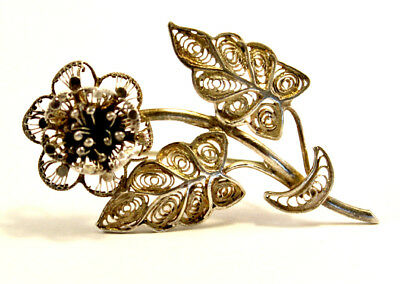 ART DECO Antique Beautiful Filigree Sterling Silver 925 Flower with Leafs Brooch