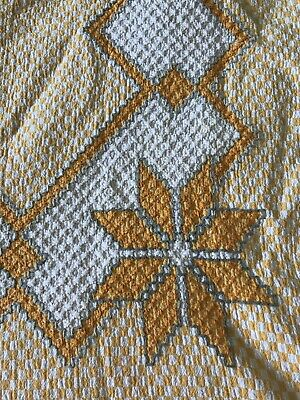 Vintage Chicken Scratch Star Pattern Yellow Gingham Farm House Tablecloth 44X56
