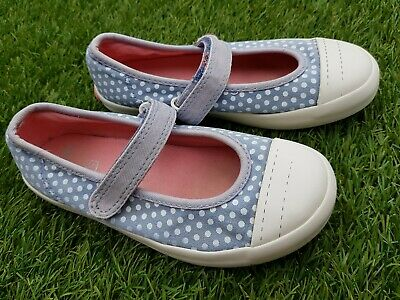 Beautiful Girls Doodles Toddler Shoes from CLARKS. Size UK 10G. Used Condition